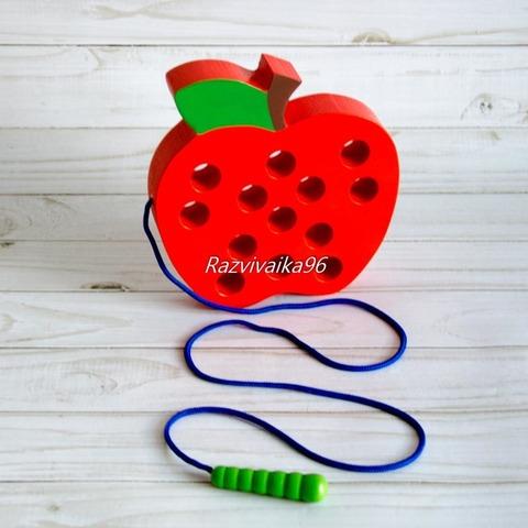 Шнуровка Яблоко с червячком