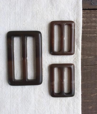 Набор пряжек 3см-2шт., 5см-1шт., темно-коричневые