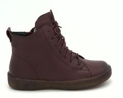 Зимние ботинки из натуральной кожи цвета марсала