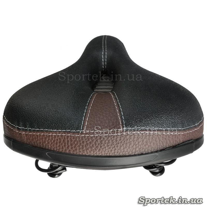 Вид сзади на прогулочное велосипедное седло с прорезью (черно-коричневое)