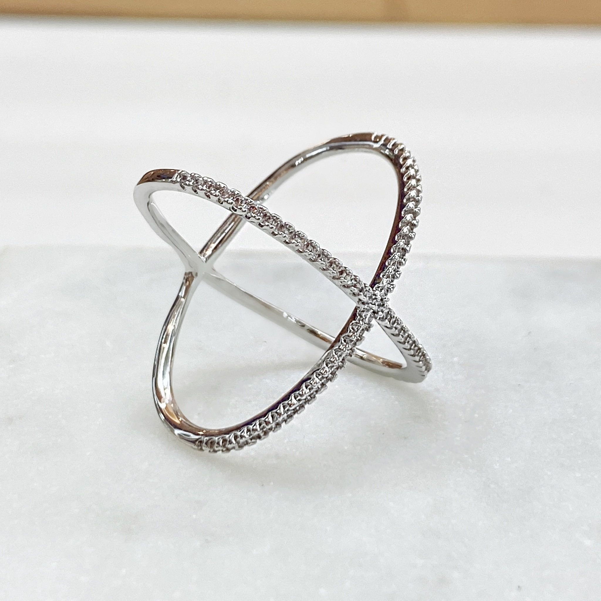 Кольцо Zircon Х-образное (юв.сплав)
