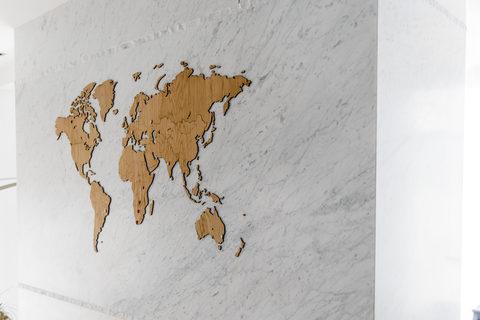 Карта Wall Decoration Exclusive 180х108 cm (Европейский Дуб)