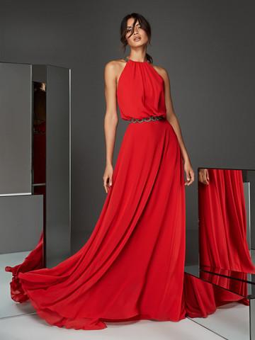Вечернее платье классическое красное