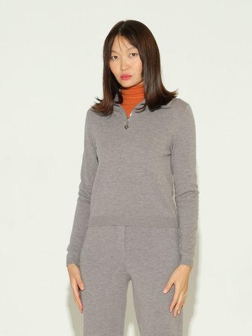 Женский джемпер серого цвета из шерсти и шелка - фото 2