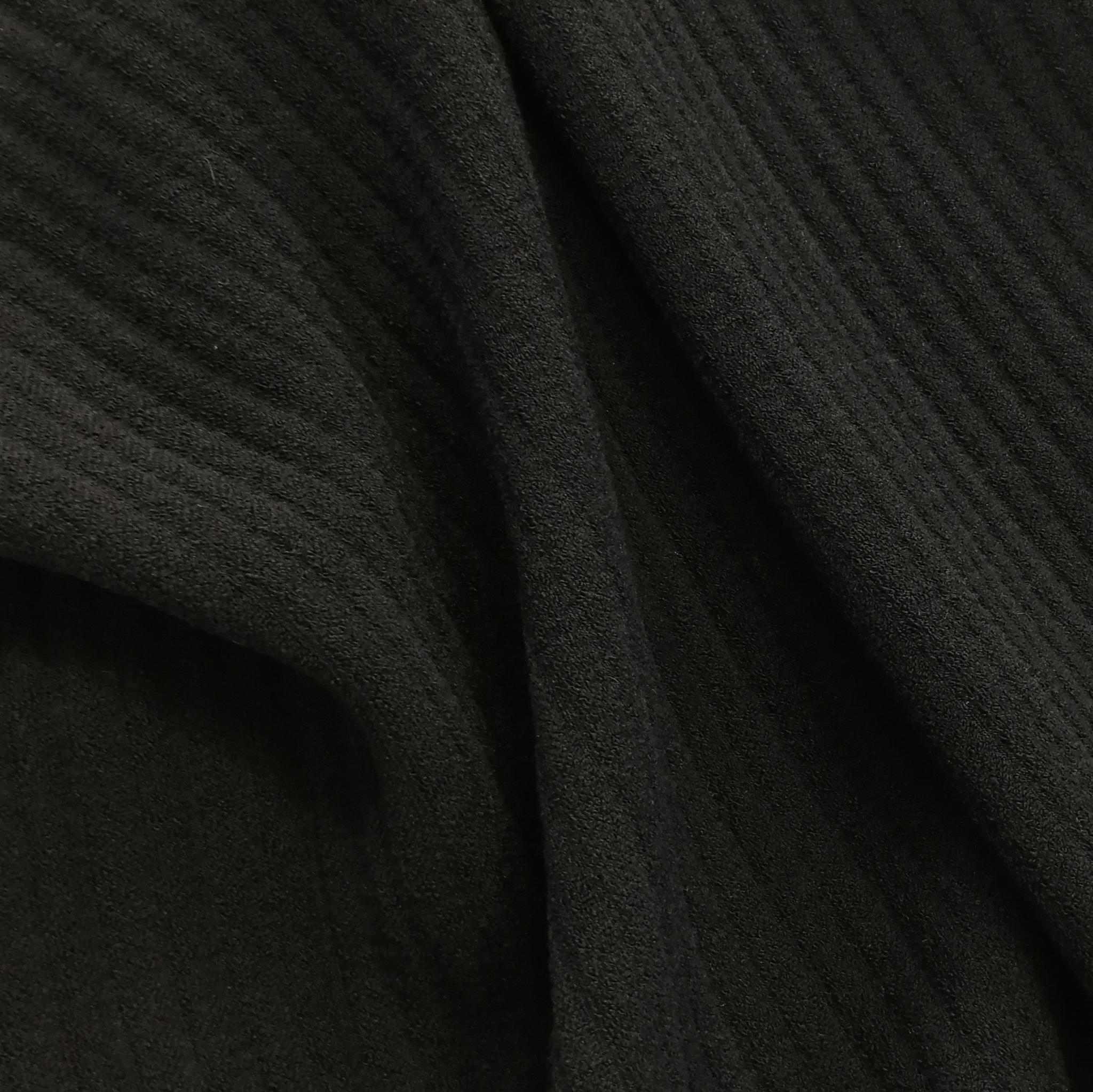 Шерстяная эластичная ткань в широкий рубчик
