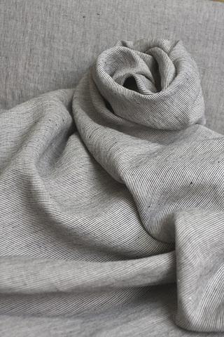 Ткань льняная смягченная, полосочки на натуральном фоне