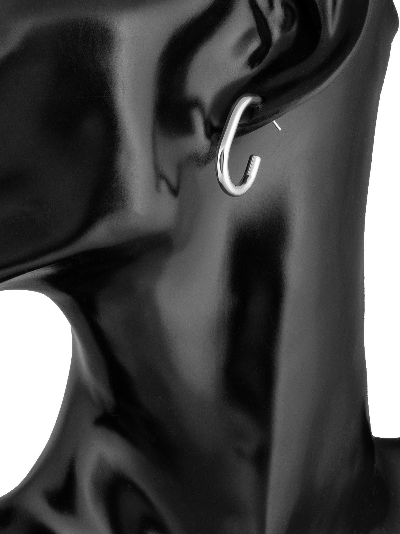 Серебристые серьги