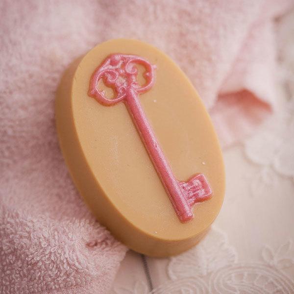 Пластиковая форма для мыла Дверной ключ