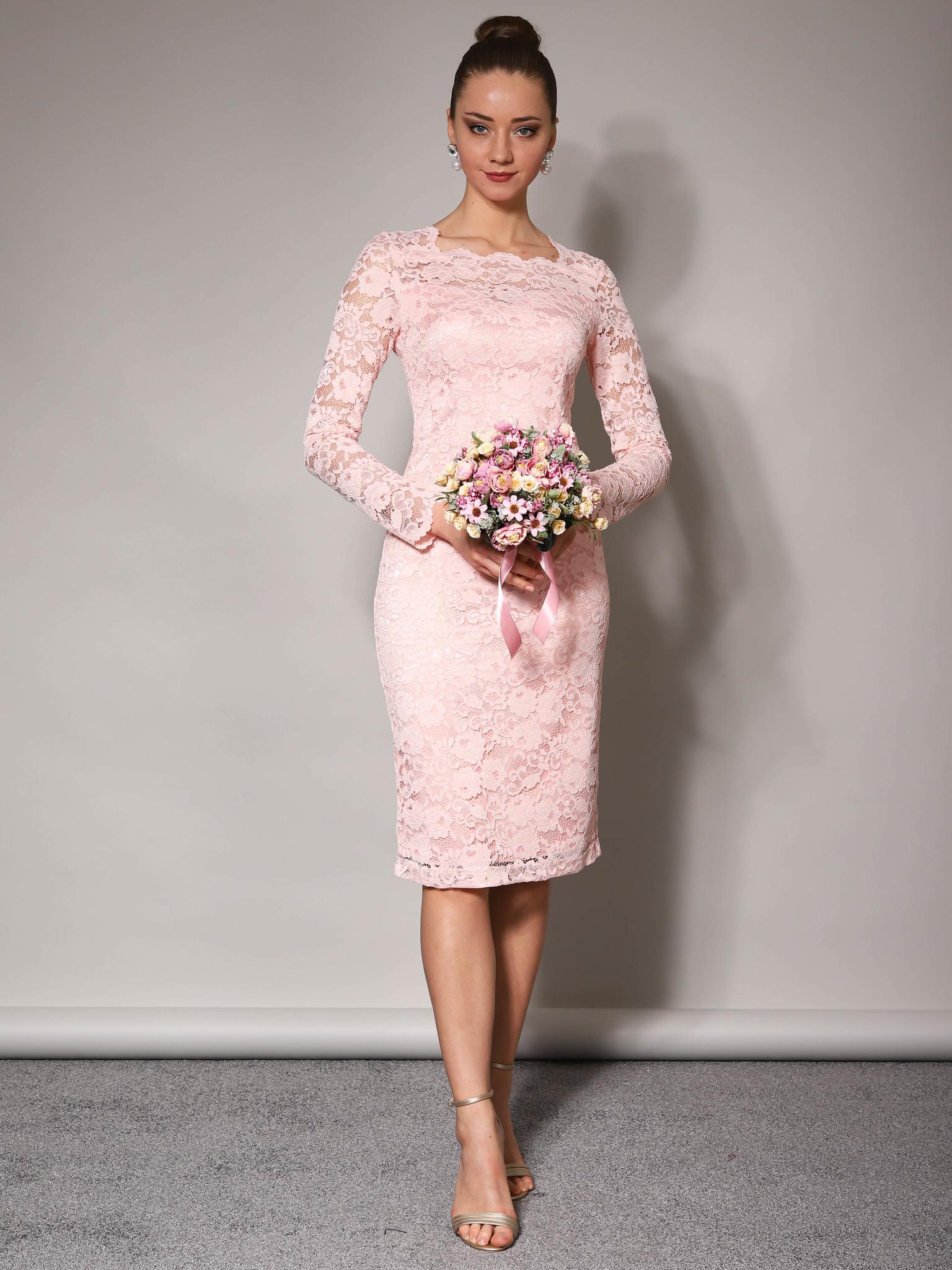 Свадебное платье кружевное с облегающей юбкой миди (пудра)