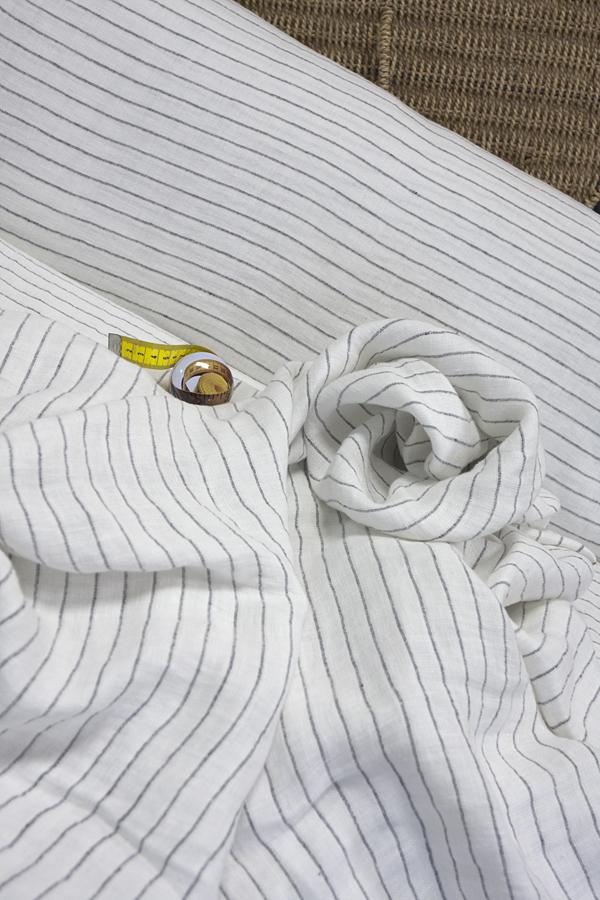 Льняной  смягченный двухслойный жаккард рисунок ПОЛОСКА