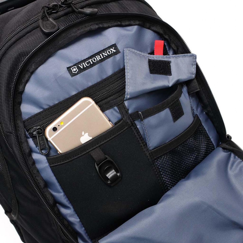 Городской рюкзак Victorinox VX Sport Trooper с отделением для ноутбука 16, цвет черный, 48х34x27 см., 28 л. (31105301) - Wenger-Victorinox.Ru