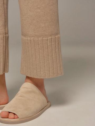 Женские брюки бежевого цвета из шерсти и кашемира - фото 6