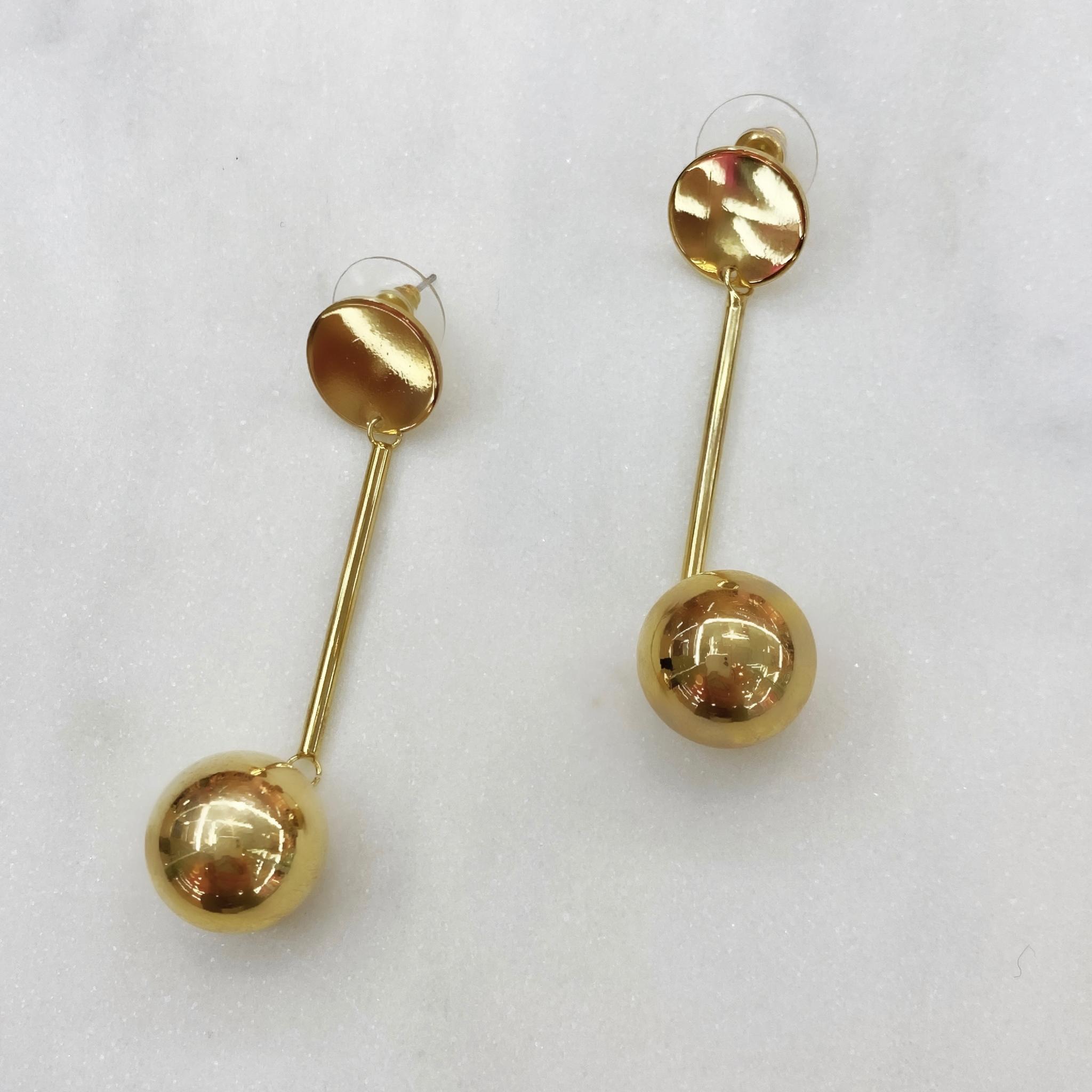 Серьги-подвески с шариком на штифте (золотистый)