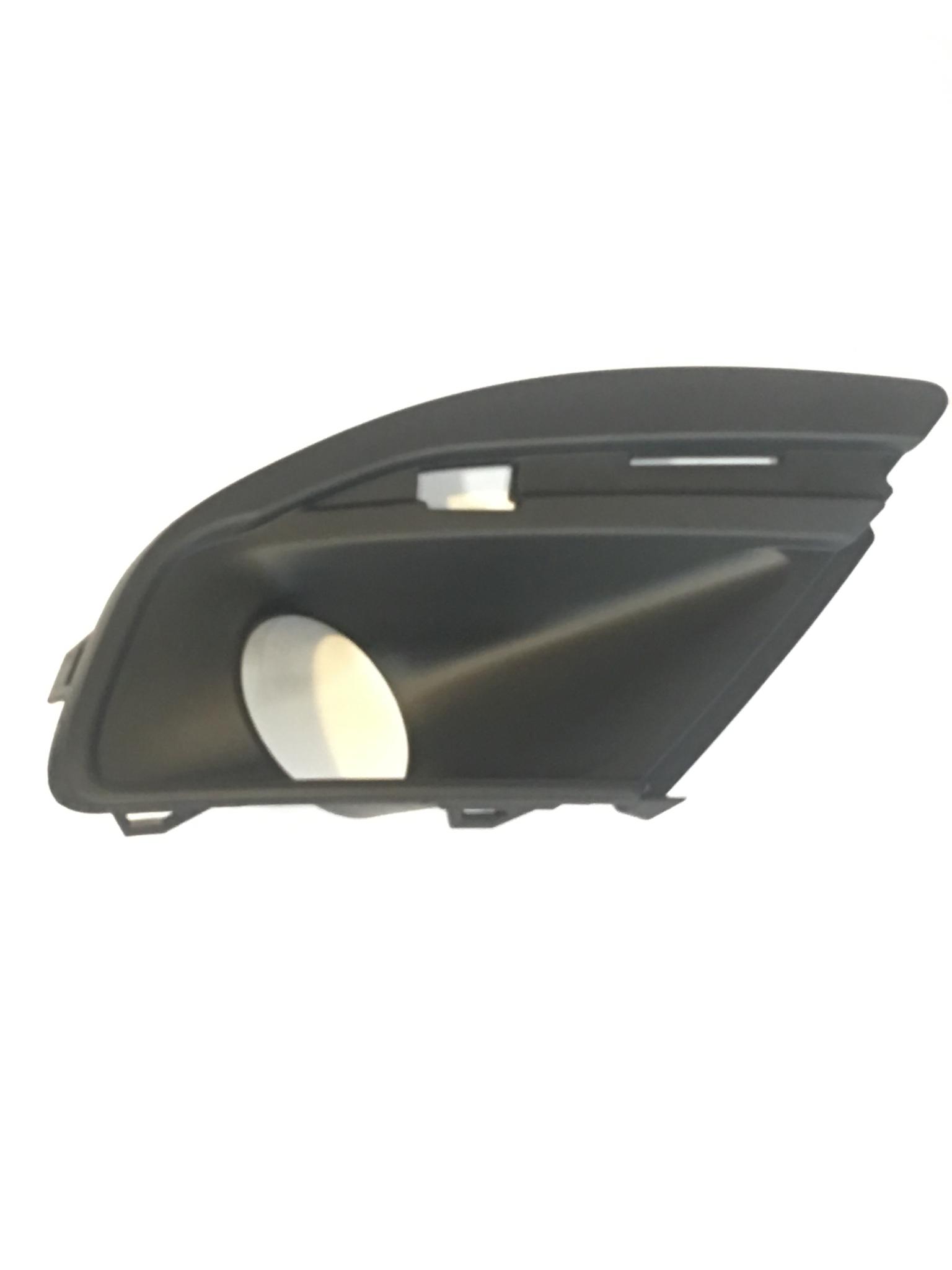 Облицовки противотуманных фар для Lada Granta FL (2018)