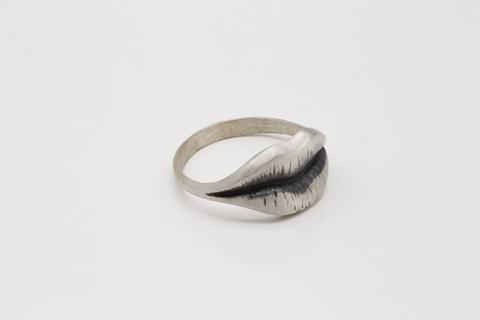 Молодежное кольцо из серебра КО-Z1788