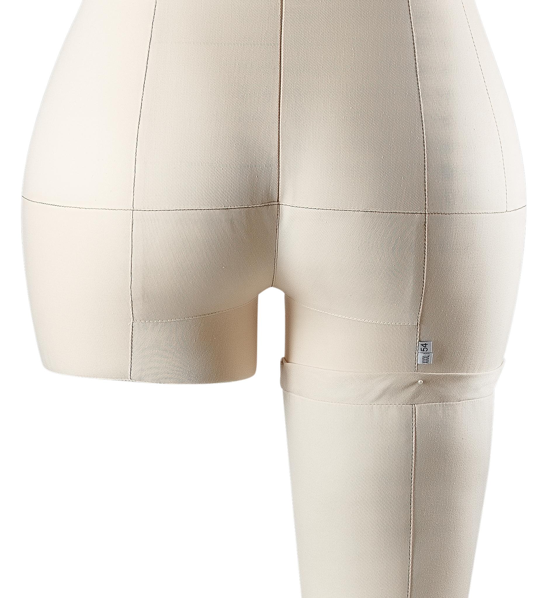 Нога бежевая для манекена Моника, размер 54Фото 1