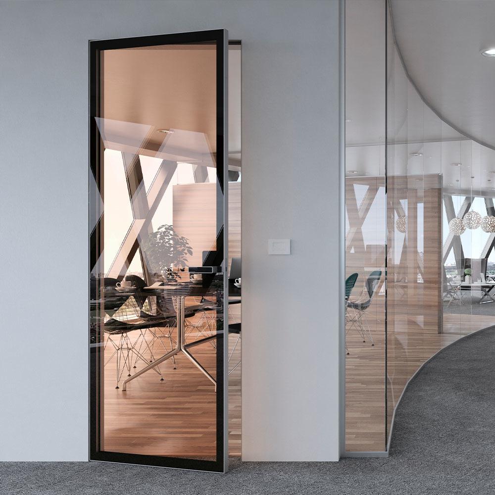 Скрытые двери Скрытая межкомнатная алюминиевая дверь Atlantise Diamond с прозрачным стеклом atlantise-DIAMOND-prozrachnoe-steklo-2-dvertsov.jpg