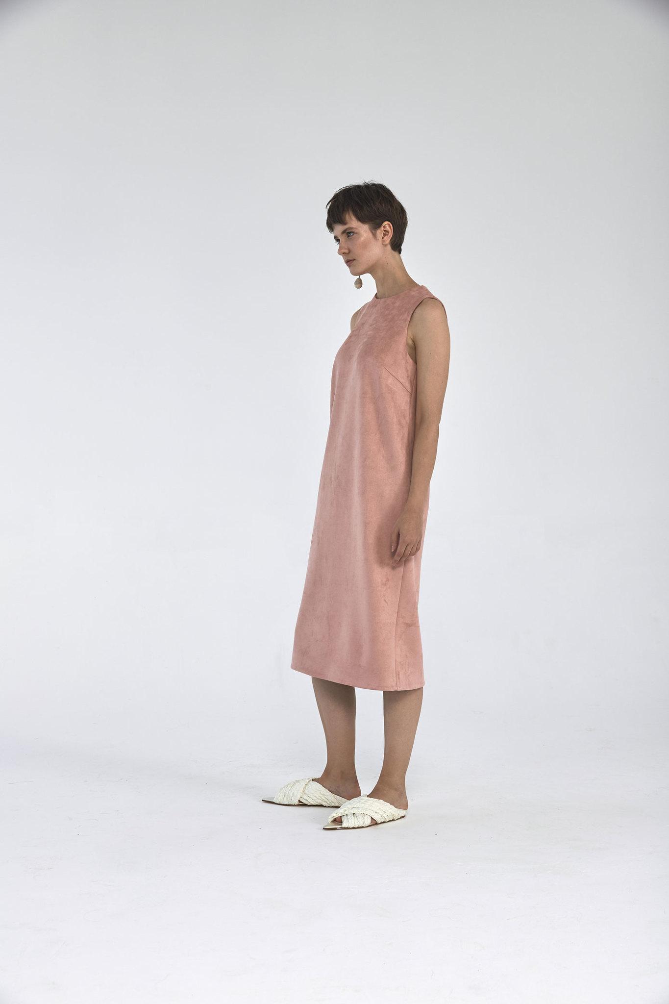 Платье-футляр миди из искусственной замши, розовая пудра