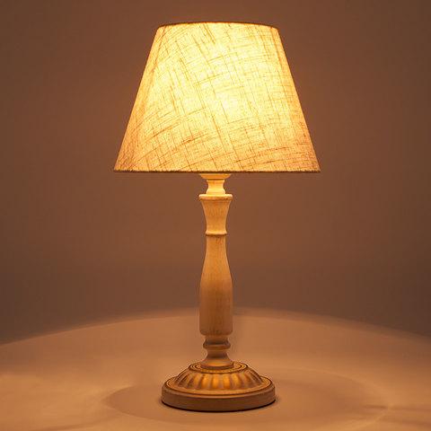 Классическая настольная лампа 01060/1 белый с золотом