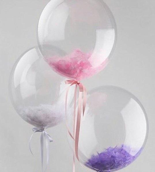 Прозрачные шары с перьями