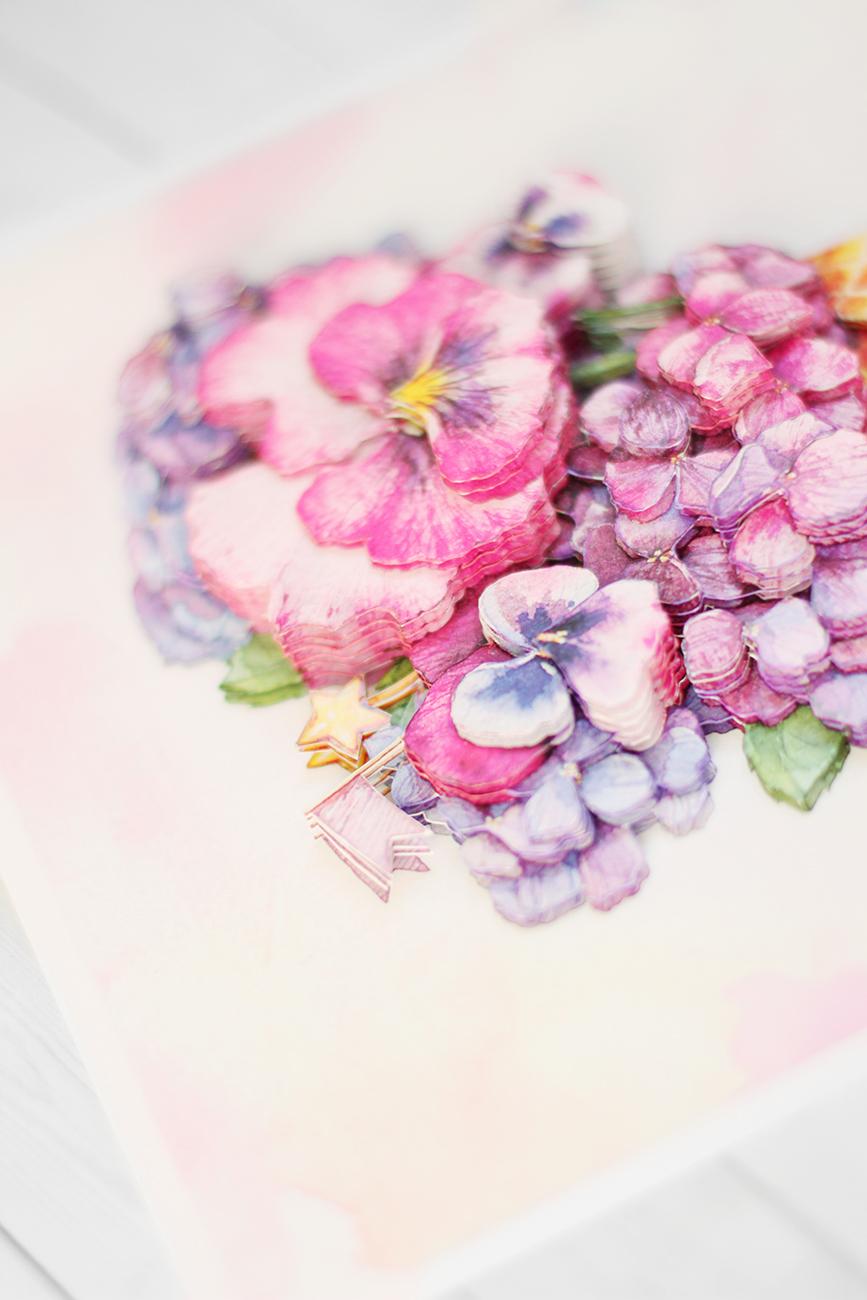 Цветочный десерт - готовая работа, фрагмент крупным планом