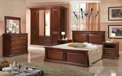 Спальни из массива дерева Афина