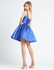 Синее платье с бантом и пышной юбкой Mac Duggal 2215