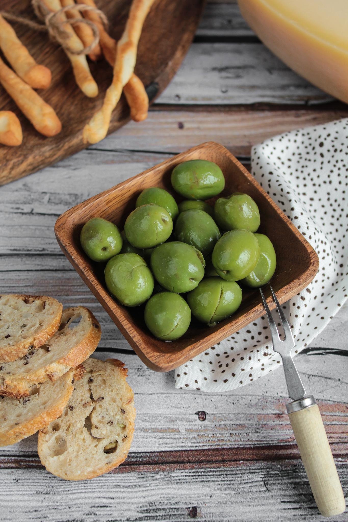 Оливки зелёные «Йе-Йе» консервированные, 250гр