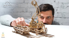 Манипулятор на рельсах от Ugears - Сборная модель, деревянный конструктор, 3D пазл