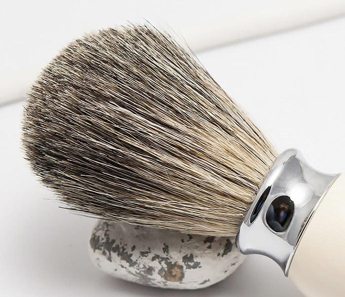 RAZ303-4 Помазок для бритья из барсучего волоса фото 03