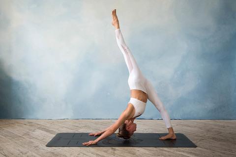 Каучуковый коврик для йоги ОМ с разметкой 185*68*0,4 см