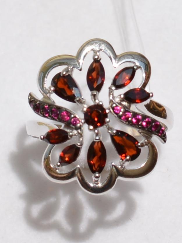 Гранат-11401 (кольцо из серебра)
