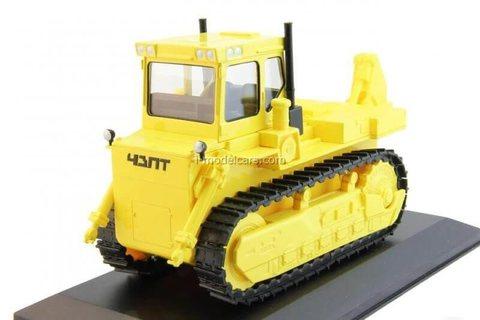 Tractor T-330 1:43 Hachette #38