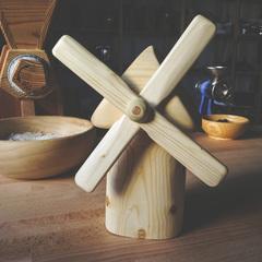 Мельница игрушечная деревянная