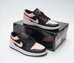 Air Jordan 1 Low 'Crimson Tint'