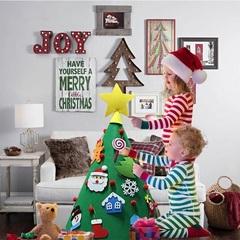 Фетровая елка с игрушками (конус)