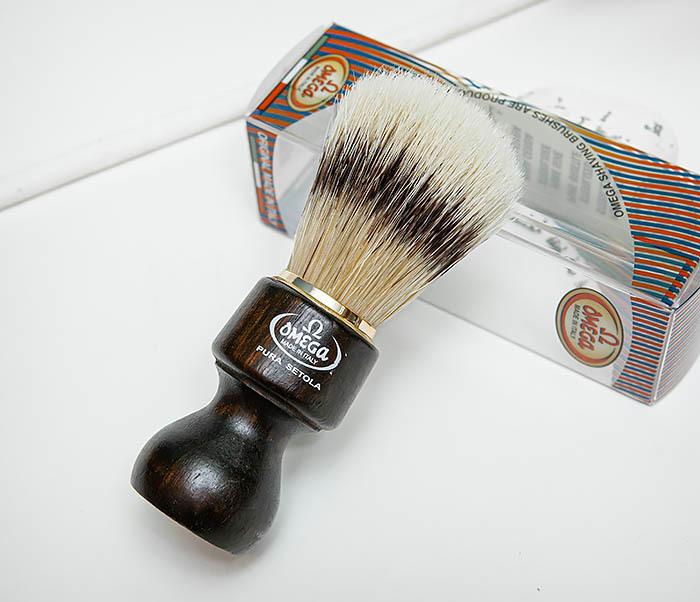 RAZ503 Помазок «OMEGA» с рукояткой из дерева, щетина кабана фото 06