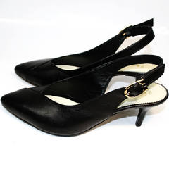 Босоножки на каблуке с закрытым носом Kluchini 5190 Black.