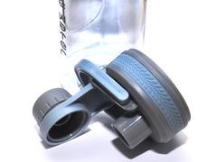 Бутылка для воды. Материал: пластик, силикон. Объём 600 ml. TZ-8905