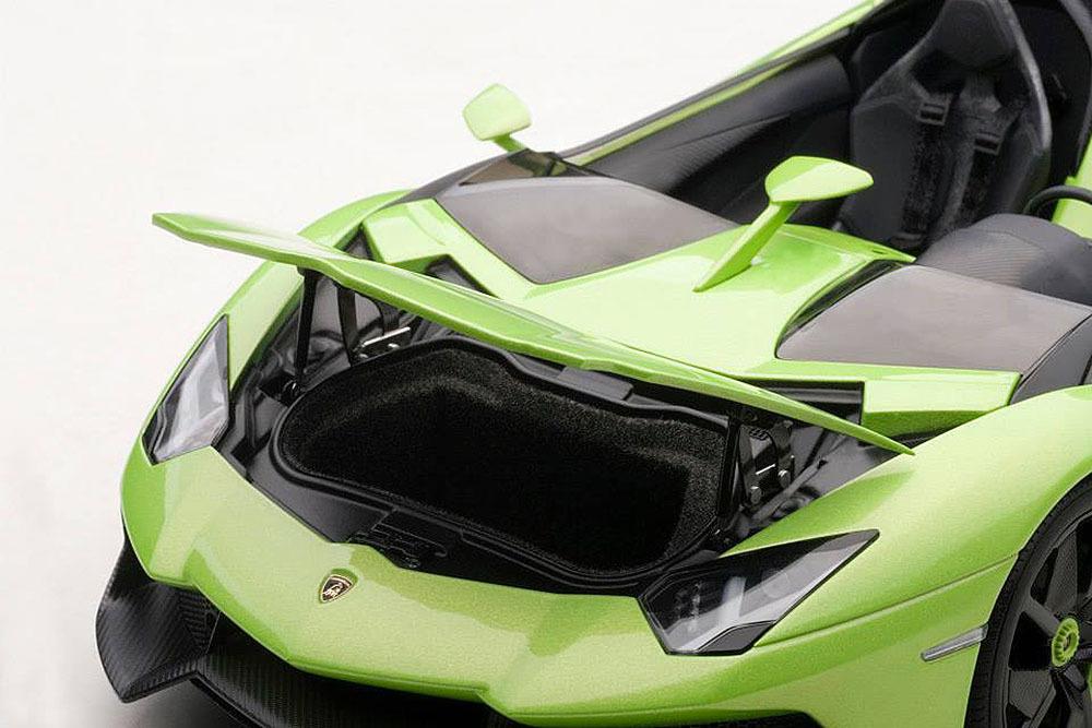 Коллекционная модель Lamborghini Aventador J 2012 Green Metallic