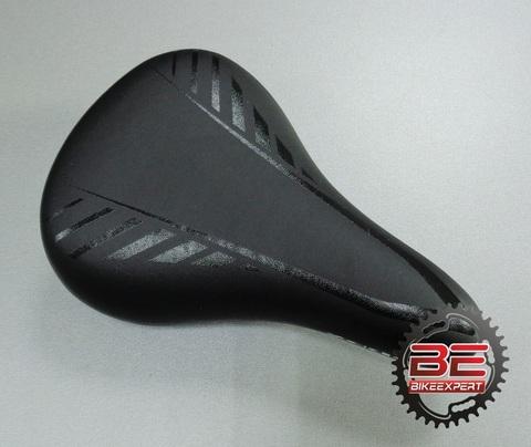 Седло Zeus Z3010 Junior черное
