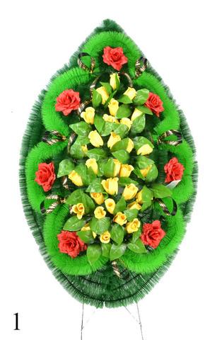 Венок украшенный цветами роз