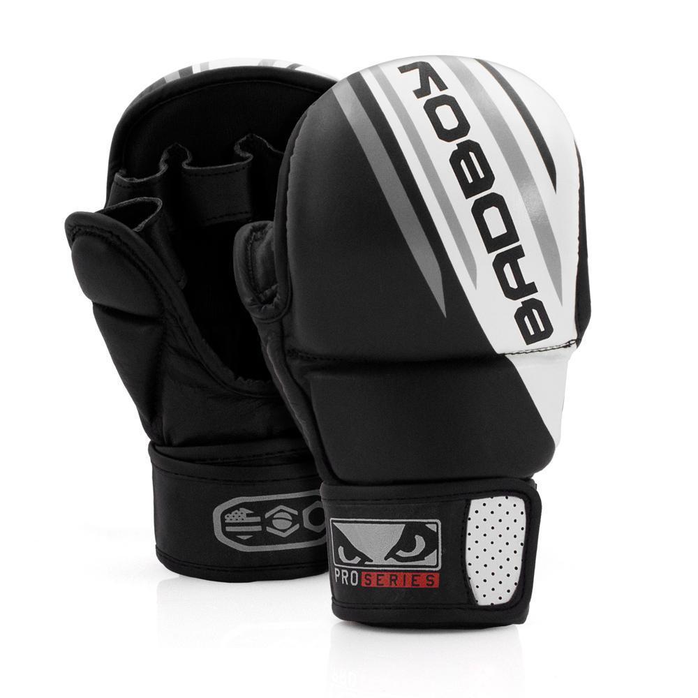 ММА перчатки Перчатки для MMA Bad Boy Pro Series Advanced Safety Gloves-Black/White 1.jpg