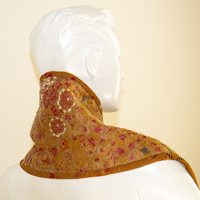 шарф из верблюжьей шерсти декорированный шелком