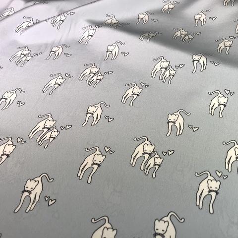 Ткань крепдешин  шелковый кошки на голубом фоне 1114