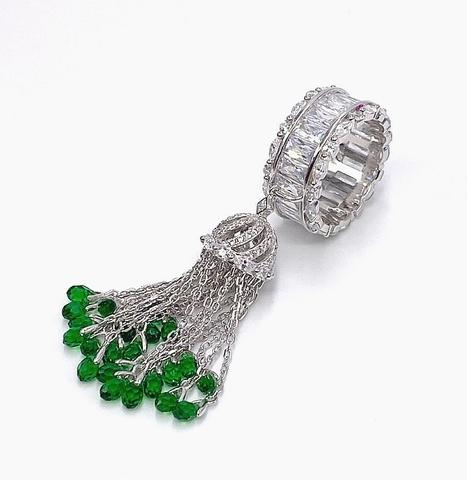 4908- Кольцо-кисточка из серебра с багетными цирконами на шинке и с изумрудными цирконами огранки бриолет