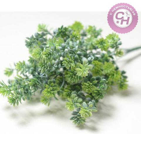 Искусственная зелень с шишечками кустовая, 5 веток, 34 см.