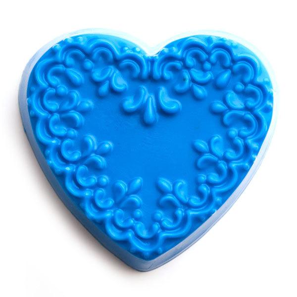 Пластиковая форма для мыла Сердце с орнаментом 2