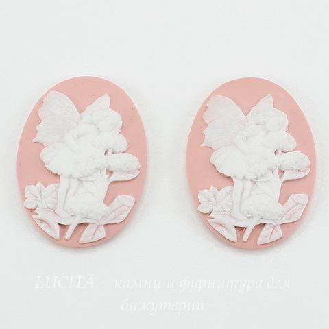 "Камея ""Феечка на цветке"" на розовом фоне 25х18 мм ()"