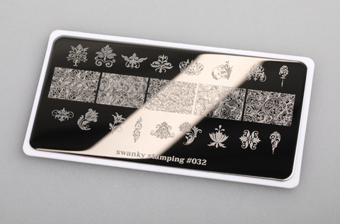Пластина Swanky Stamping 032